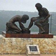 'The coming King' Sculpture Prayer Garden