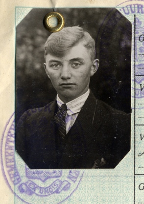 Herman Wierenga passport photo 1927