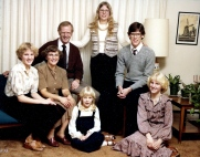 Bill & Dixie family c. 1975