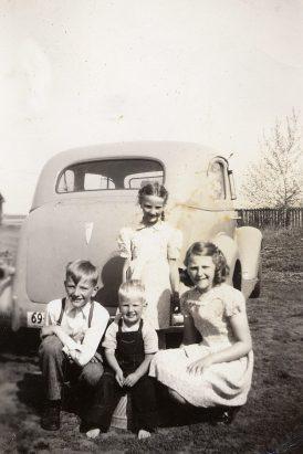 Dixie, Andrew, Gladys, Peter 1948