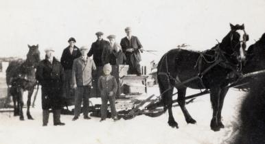 To church by sleigh