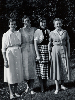 Mae, Tetsie, Betty, Dixie