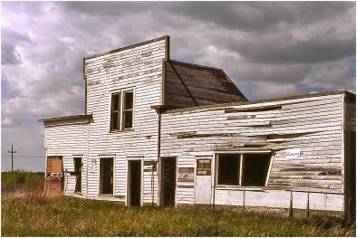 Abandoned garage Vegrevaille 1979