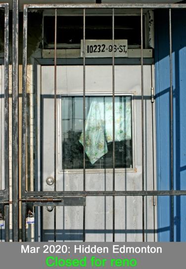 Doorway_7714iaT